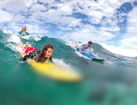 Групповые занятия серфингом в Pryde Club Mauritius