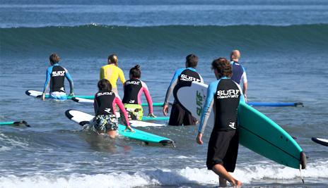 Методики обучения отточены до совершенства и адаптированы под серфингистов с разным уровнем подготовки<